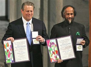 Al Gore and Rajendra Pachauri getting the Nobel Peace Prize