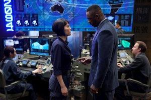 Rinko Kikuchi and Idris Elba
