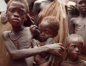 Starving African children