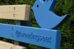 Tweeting Seat